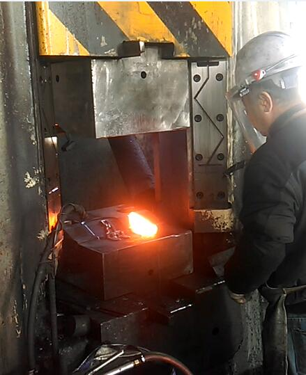 31.5KJ CNC Hydrualic forging hammer exported to Korea