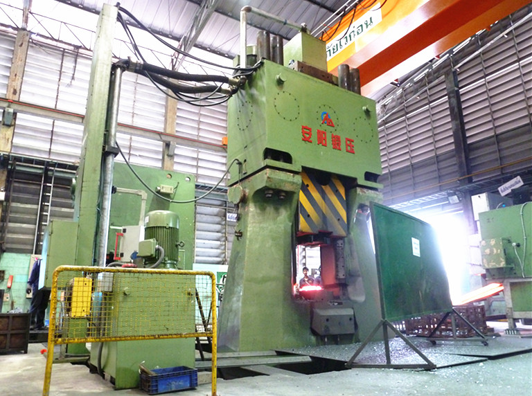 100kj Programable control closed die forging hammer machine in Thailand