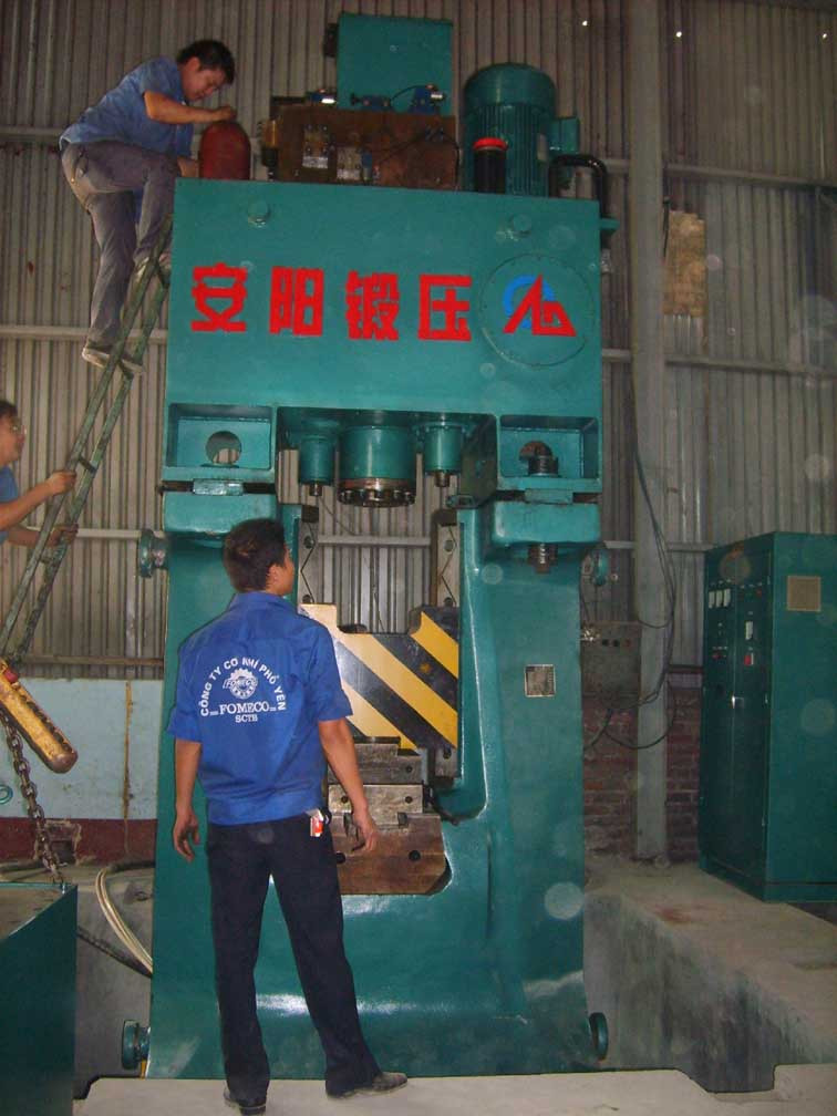 16kj  CNC Fully hydraulic forging hammer in Vietnam